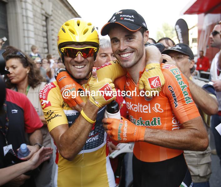 SAMMY SANCHEZ AND ALEJANDRO VALVERDE ON STAGE TWENTY OF THE 2009 TOUR OF SPAIN