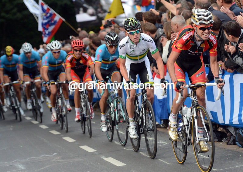 Sammy Sanchez chases in the 2012 road race championships