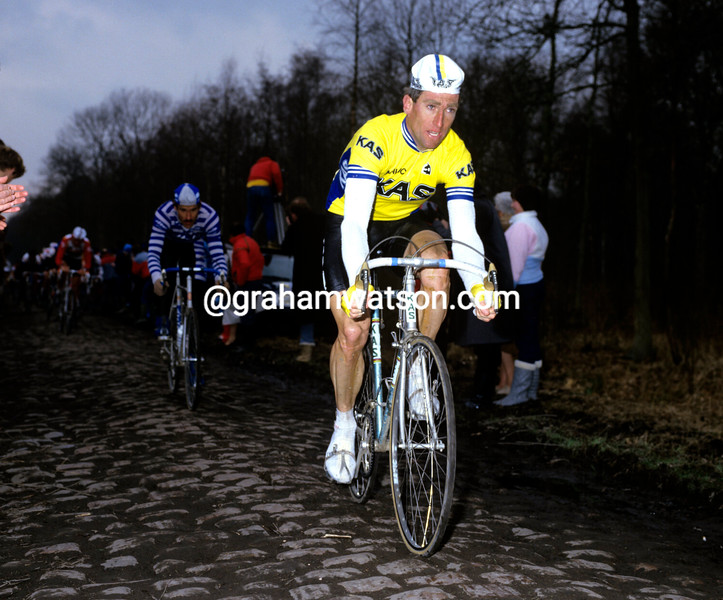 SEAN KELLY IN THE 1984 PARIS-ROUBAIX