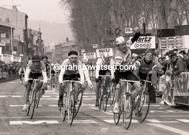SEA KELLY WINS A STAGE OF THE 1981 PARIS-NICE