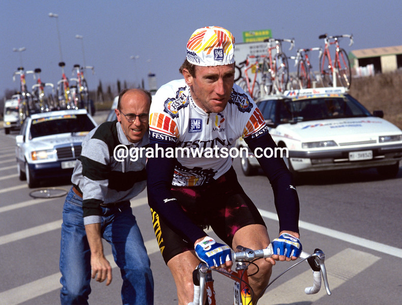 Sean Kelly and Willy Voet in 1991