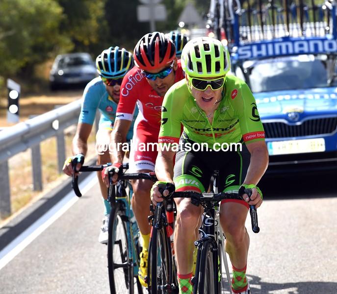 Simon Clarke escapes on stage 7 of the 2016 Vuelta a España