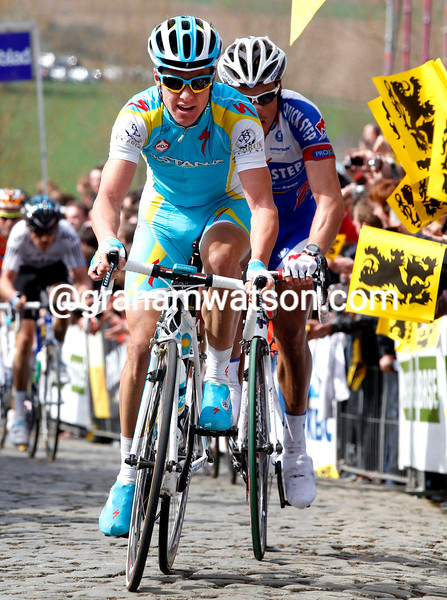 SIMON CLARKE AND SYLVAIN CHAVANEL IN THE 2011 TOUR OF FLANDERS