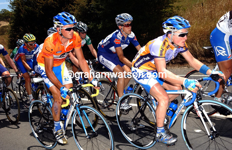 SAMUEL DEMOULIN LEADS SIMON GERRANS DURING STAGE THREE OF THE TOUR DOWN UNDER TO YANKALILLA