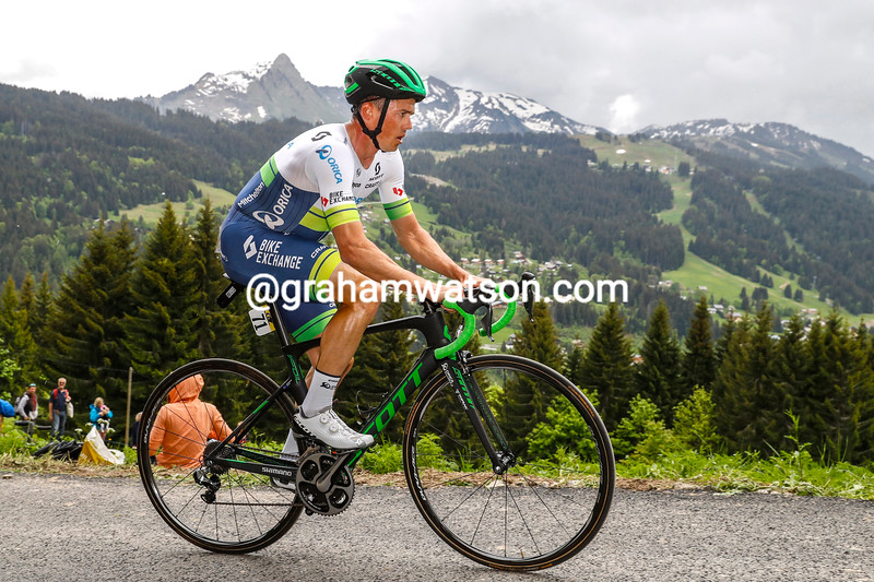 Simon Gerrans in the Prologue of the 2016 Dauphine-Libere