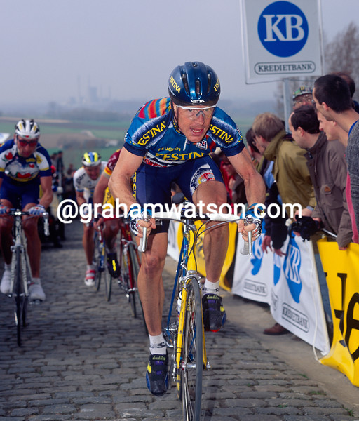 Stephen Hodge in the 1993 Tour of Flanders