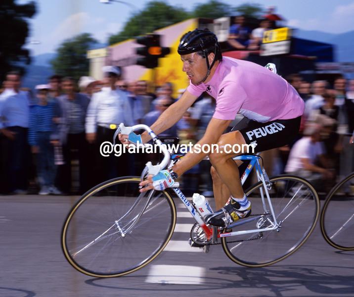 Stephen Roche in the 1987 Giro d'Italia