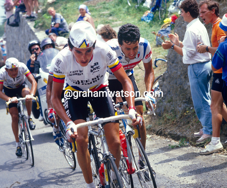 Kuis Herrera and Stephen Roche in the 1987 Tour de France