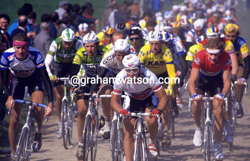 Steve Bauer in the 1988 Paris-Roubaix