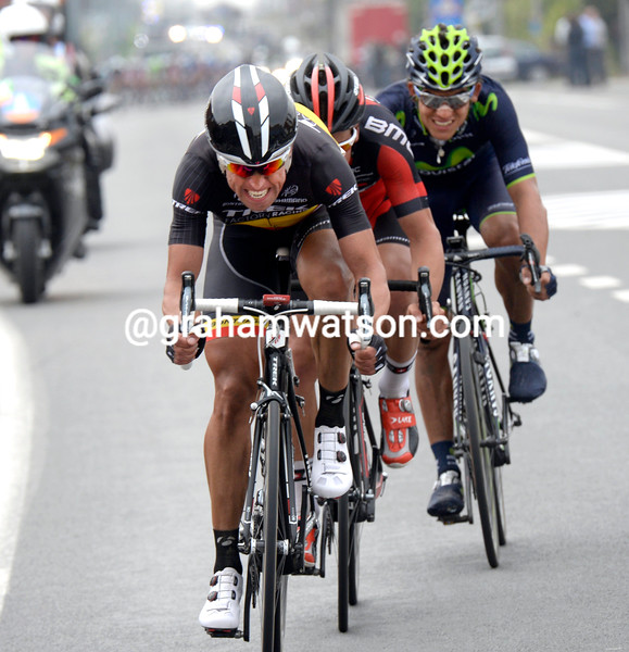 Stijn Devolder escapes in the 2014 Ghent-Wevelgem