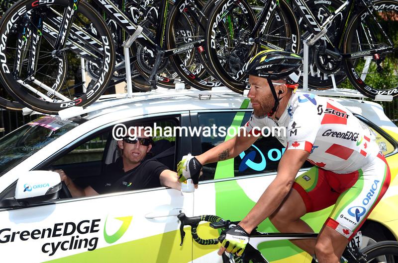 Svein Tuft and Matt White on stage eleven of the 2012 Giro d'Italia