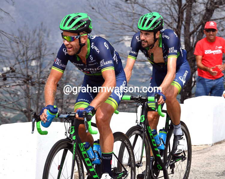Svein Tuft and Sam Bewley in the 2016 Vuelta a España
