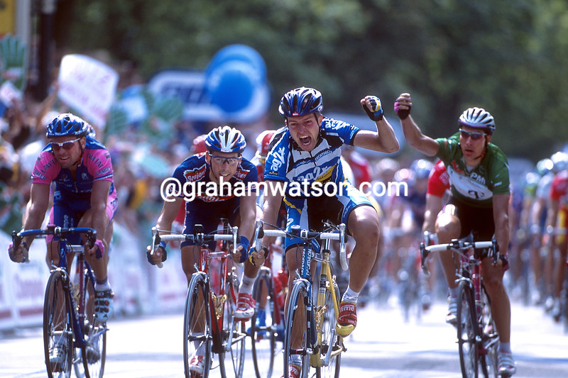 Jan Kirsippu wins a stage of the 2001 Tour de France