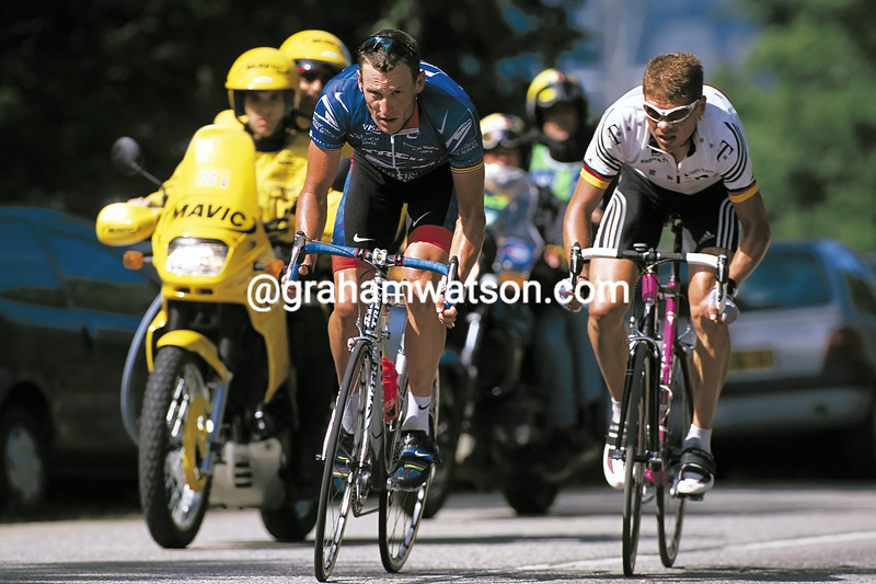 Lance Armstrong and Jan Ullrich in the 2001 Tour de France