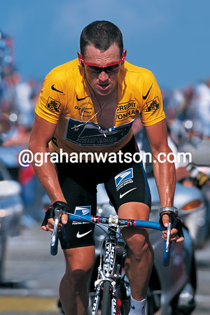 Lance Armstrong on Mont Ventoux in the 2002 Tour de France