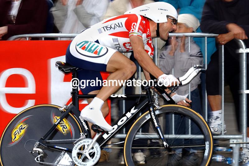 Laurent Jalabert in the 2002 Tour de France Prologue in Luxemburg