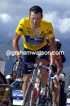 Lance Armstrong at Les Arcs in the 2002 Tour de France
