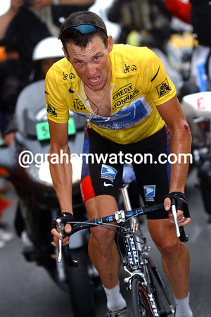 Lance Armstrong on the attack at Luz-Ardiden in the 2003 Tour de France