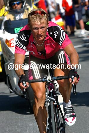 Alexandre Vinokourov in the 2003 Tour de France