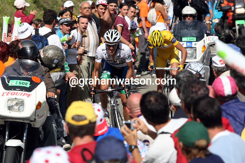 ALBERTO CONTADOR MAKES AN ATTACK ON STAGE FIFTEEN OF THE 2007 TOUR DE FRANCE