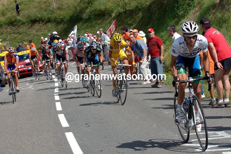 ALBERTO CONTADOR MAKES AN ATTACK ON STAGE FIFTEEN OF THE 2007 TOUR DE FRANCE