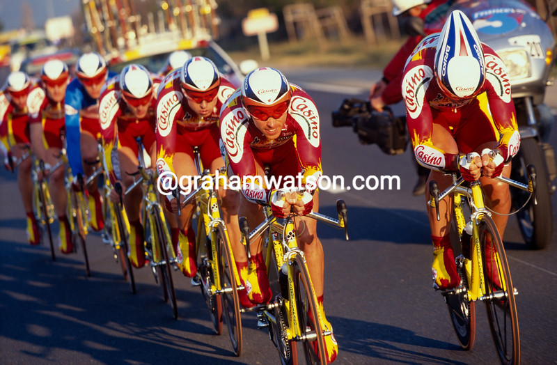 The Casino team is led in the 1992 Tour Mediterranean by Pascal Chanteur