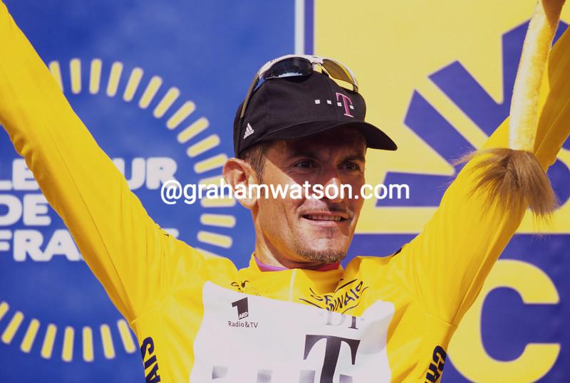 Alberto Elli in the 2000 Tour de France