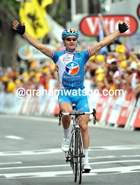 THOMAS VOECKLER WINS STAGE FIVE OF THE 2009 TOUR DE FRANCE