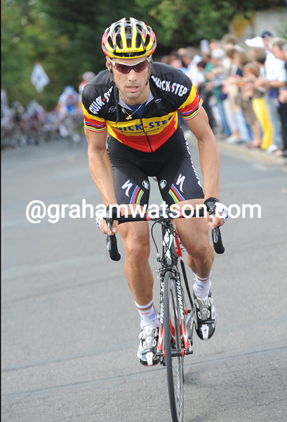 TOM BOONEN ATTACKS IN THE 2009 PARIS-TOURS