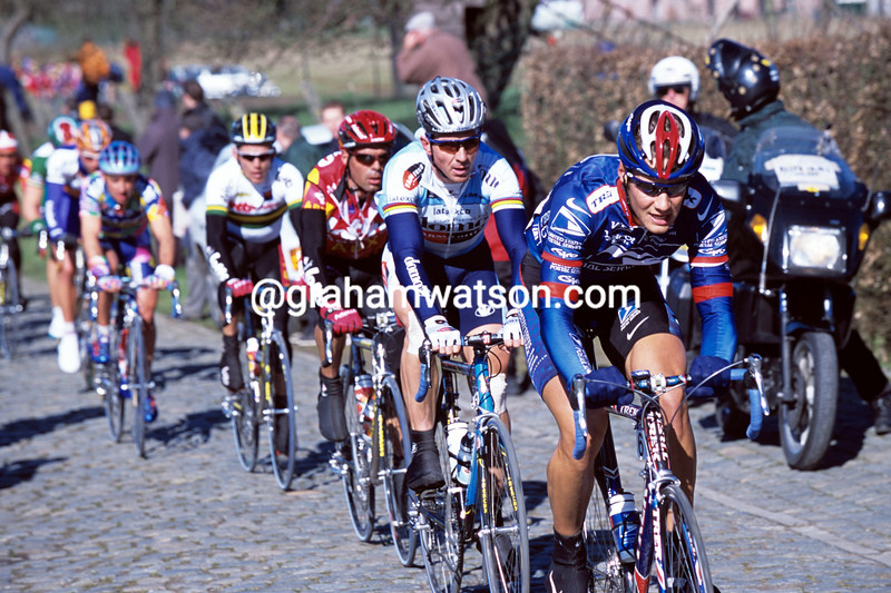 TOM BOONEN LEADS JOHAN MUSEEUW IN THE 2002 HET VOLK CLASSIC IN BELGIUM