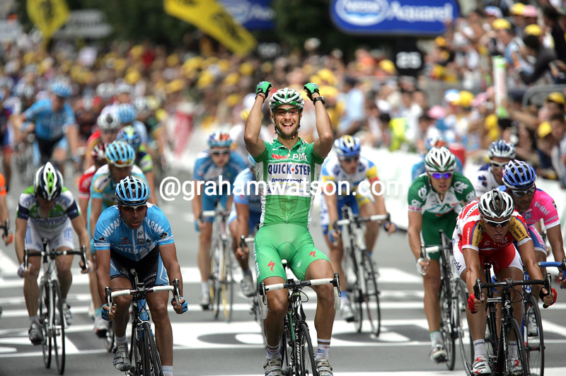 TOM BOONEN WINS STAGE TWELVE OF THE 2007 TOUR DE FRANCE