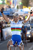 TOM BOONEN WINS THE 2006 TOUR OF FLANDERS