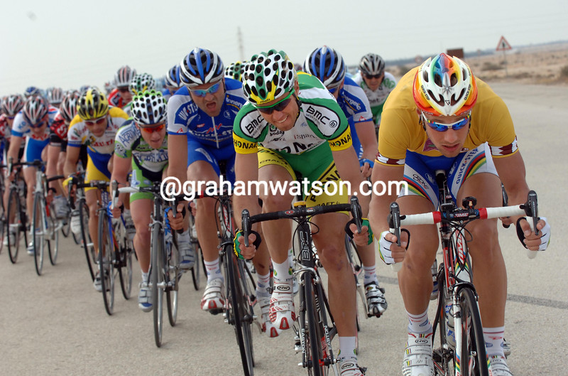 TOM BOONEN LEADS AN ESCAPE IN THE 2006 TOUR OF QATAR