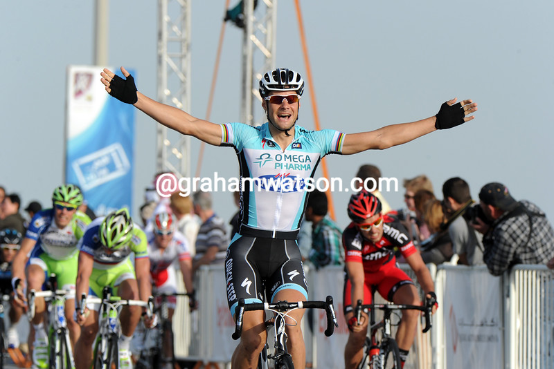 TOM BOONEN WINS STAGE ONE OF THE 2012 TOUR OF QATAR
