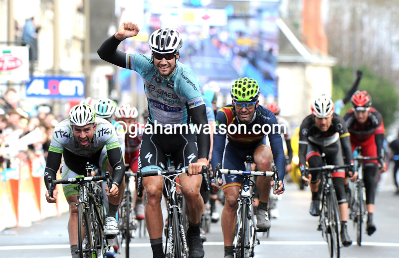 Tom Boonen wins stage two of the 2012 Paris-Nice