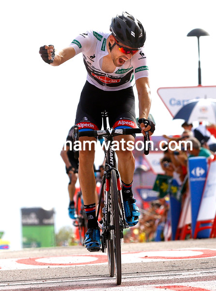 Tom Dumoulin wins stage nine of the 2015 Tour of Spain