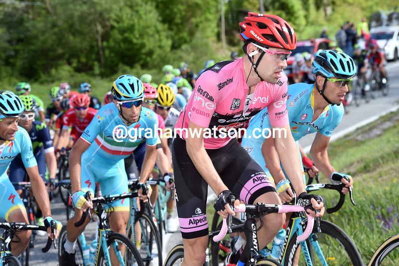 Tom Dumoulin on stage six of the 2016 Giro d'Italia