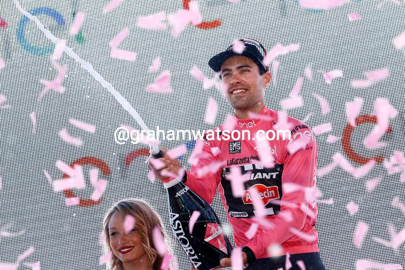 Tom Dumoulin wins stage one of the 2016 Giro d'Italia