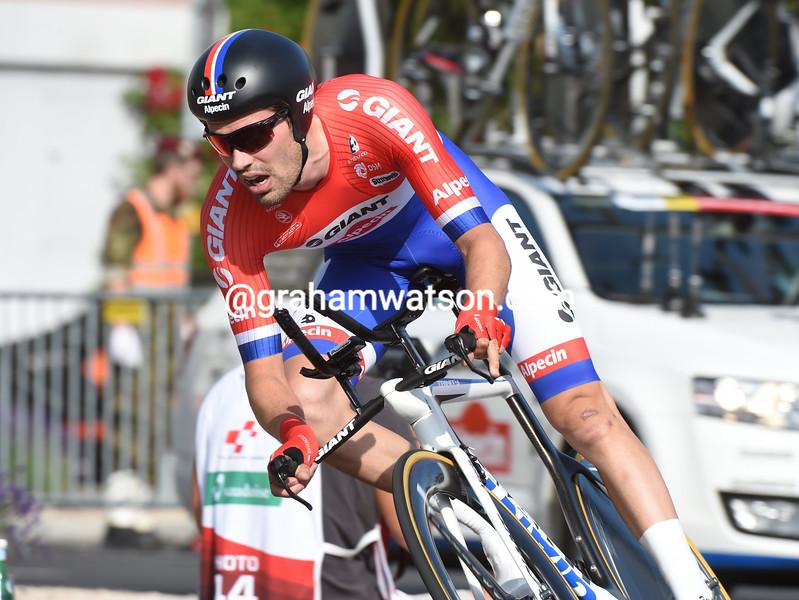 Tom Dumoulin wins the Prologue of the 2015 Tour de Suisse