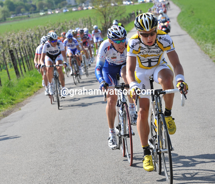 TONY MARTIN LEADS AN ESCAPE IN THE 2009 AMSTEL GOLD RACE