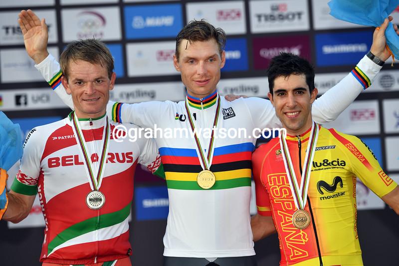 Tony Martin wins the elite mens TT at the 2016 World Road Championships