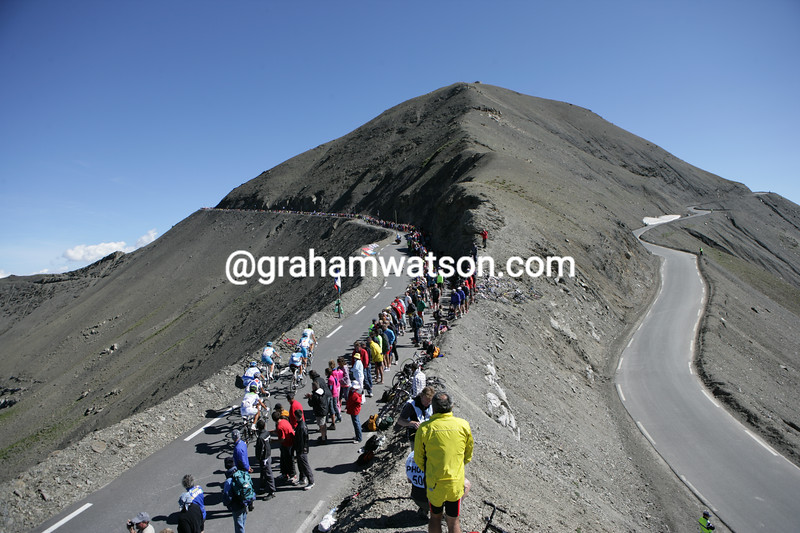 The 2008 Tour de FRance climbs the Col de Restefond/Cime Bonette