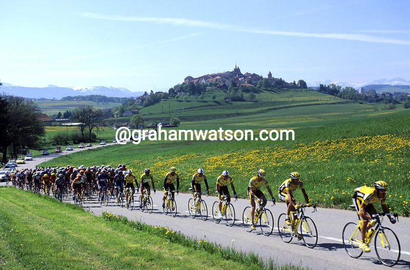 Cyclists in the 1995 Tour de Romandie