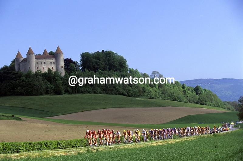 Cyclists in the 1997 Tour de Romandie