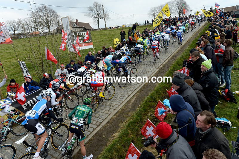 Fans watch the 2013 Tour of Flanders on the Paterberg