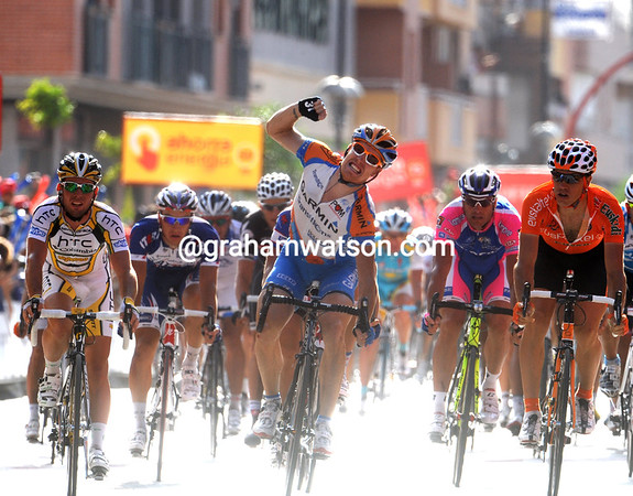 TYLER FARRAR WINS STAGE FIVE OF THE TOUR OF SPAIN