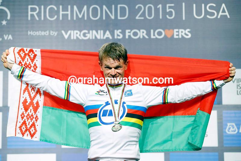 Vasil Kiryienka wins the 2015 TT World Championships