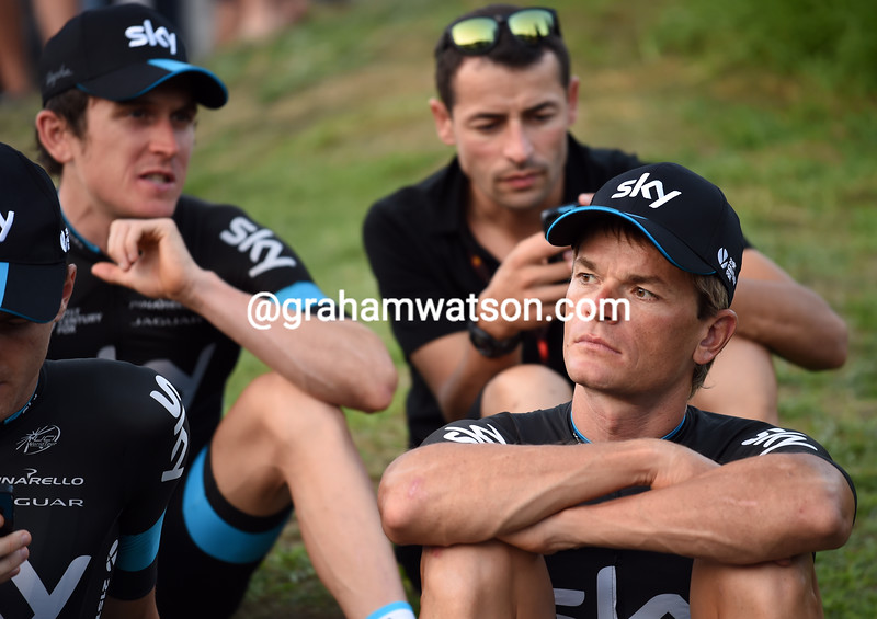 Vasil Kiryienka and his Sky teamates before the 2015 Tour of Spain