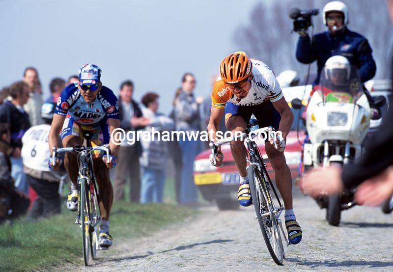 Viatcheslav Ekimov in the 1998 Paris-Roubaix