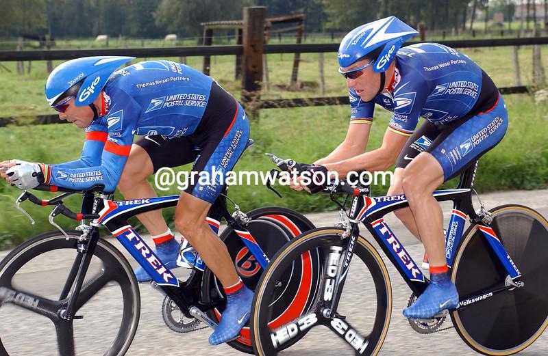 viatcheslav ekimov and Lancxe Armstrong in the 2002 G.P Eddy Merckx